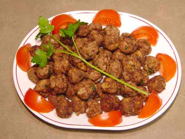 Complete home study program in Greek cuisine, recipe for Fried meat balls (κεφτεδακια τηγανιτα) from homecook at cmevt.com