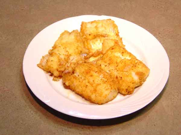 Complete home study program in Greek cuisine, recipe for Fried cod fish (Μπακαλάος Τηγανητός) from homecook at cmevt.com